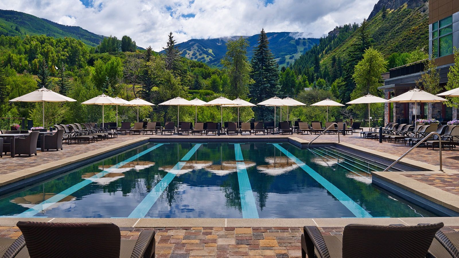 beaver creek restaurants - laps pool bar